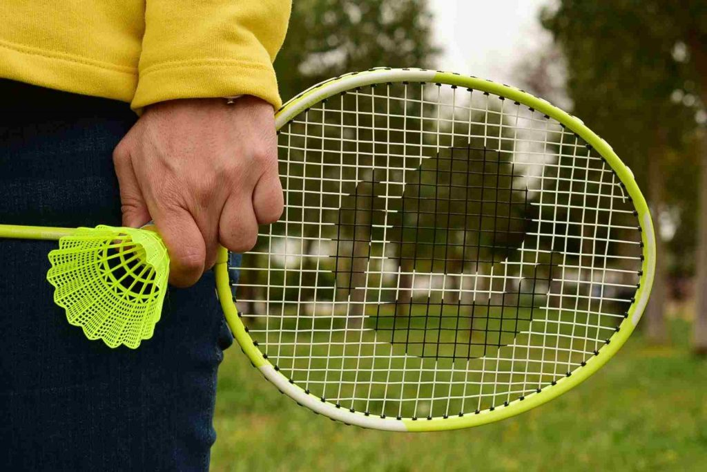 Best Badminton Rackets Under 1000 Rs in India!